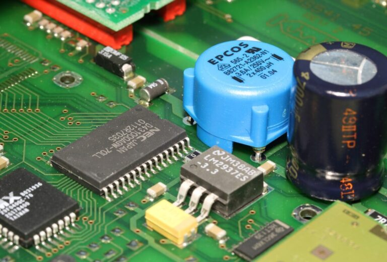 Сервиз индустриална електроника